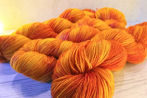 Campfire, Gold Sparkle 4ply