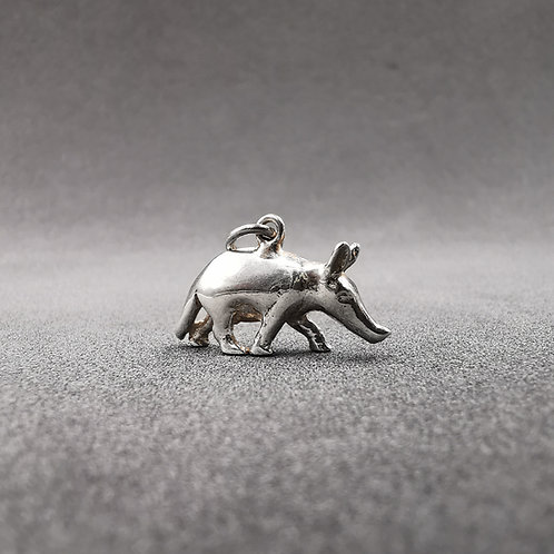 Silver Anteater charm,