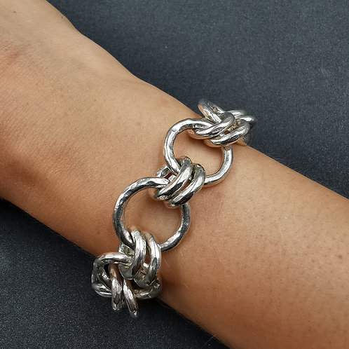 Chunky, hammered link bracelet.