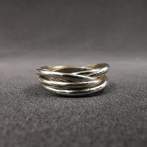5 band Russian ring.