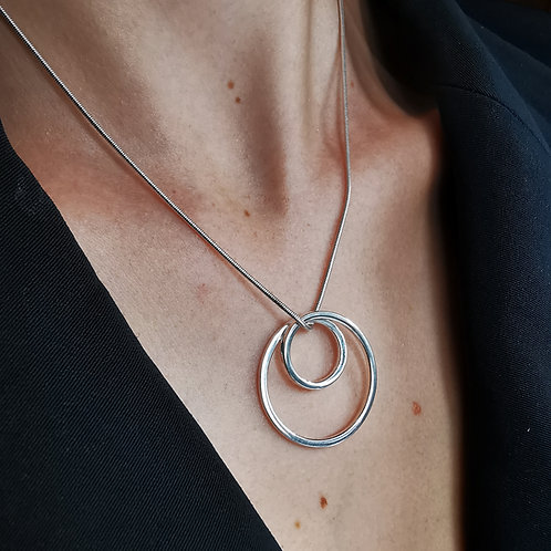 Silver loop pendant
