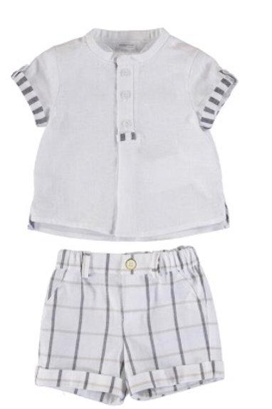 Ensemble pantalon court et chemise