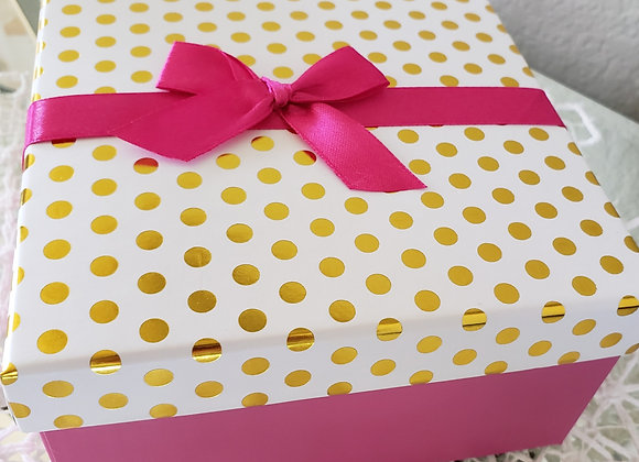 Pink Gift Box with 12 Brigadeiros
