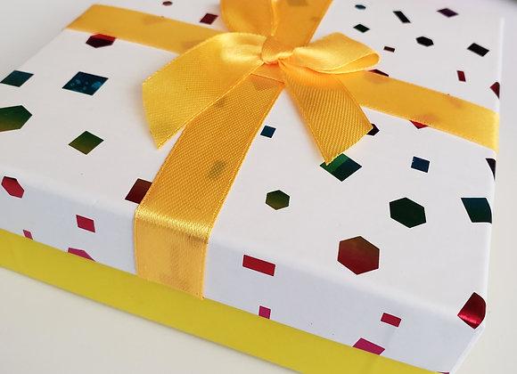 Yellow Happy Box with 9 Brigadeiros