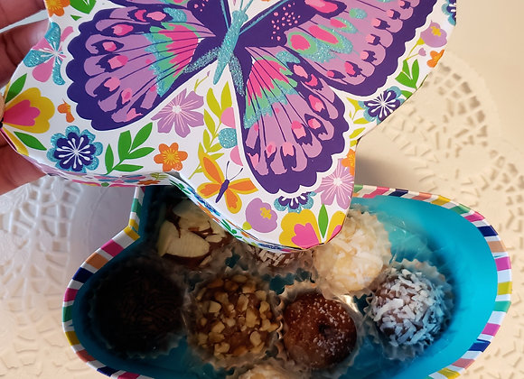 Butterfly Gift Box with 9 Brigadeiros