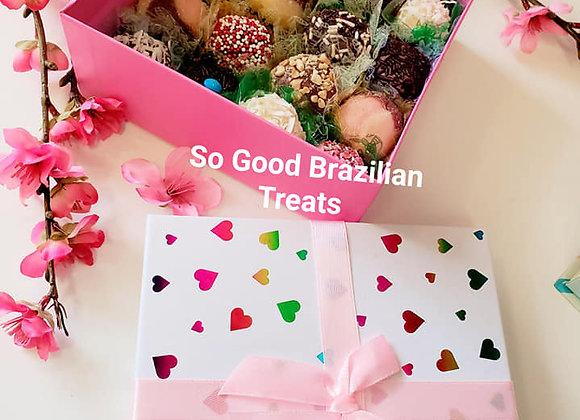 Love You Gift Box with 16 Brigadeiros