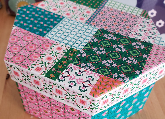 Patchwork Gift Box with 5 Brigadeiros