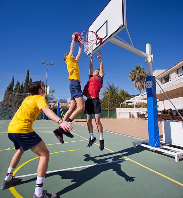 Swans Secondary School. Sports.