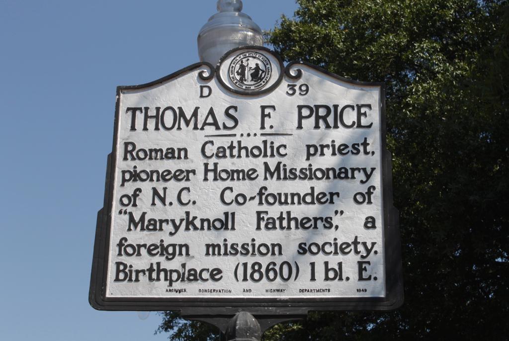 Price Historic sign