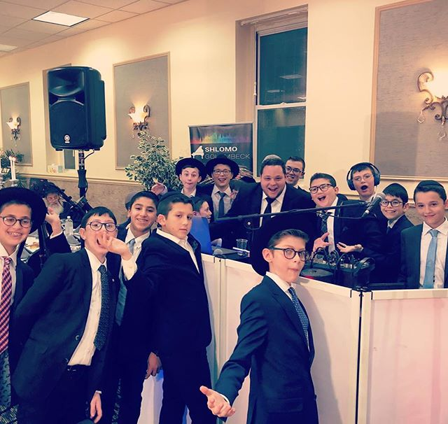 Mazel tov!! #barmitzvah #dj #lighting #onemanband #singer #brooklyn