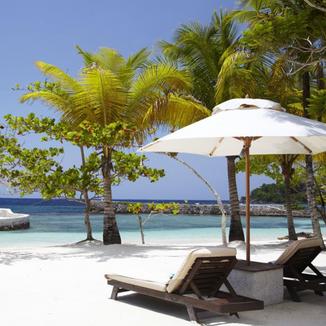 Goldeneye Luxury Resort