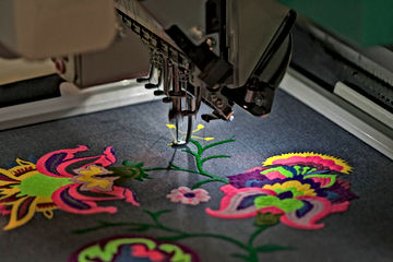 Embroidery-Machine.jpg