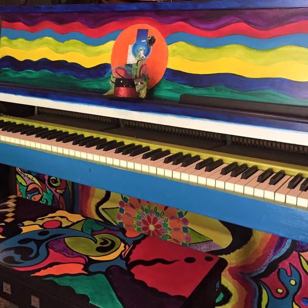 Ballwin Piano Lonnie's Farm