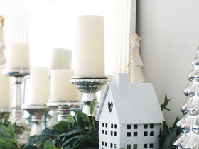 Decorating Your Mantel: Two Ways For the Holidays
