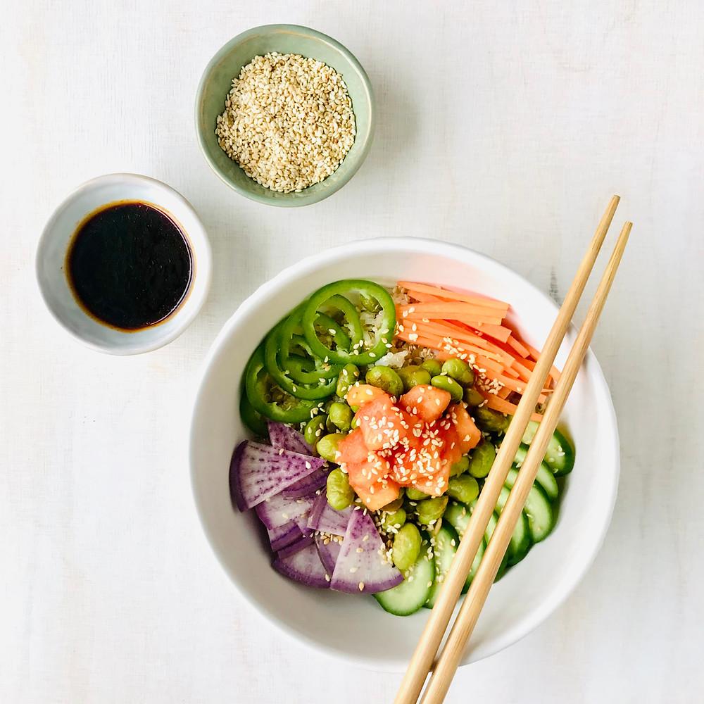 vegan spicy salmon poke bowl with ginger rice
