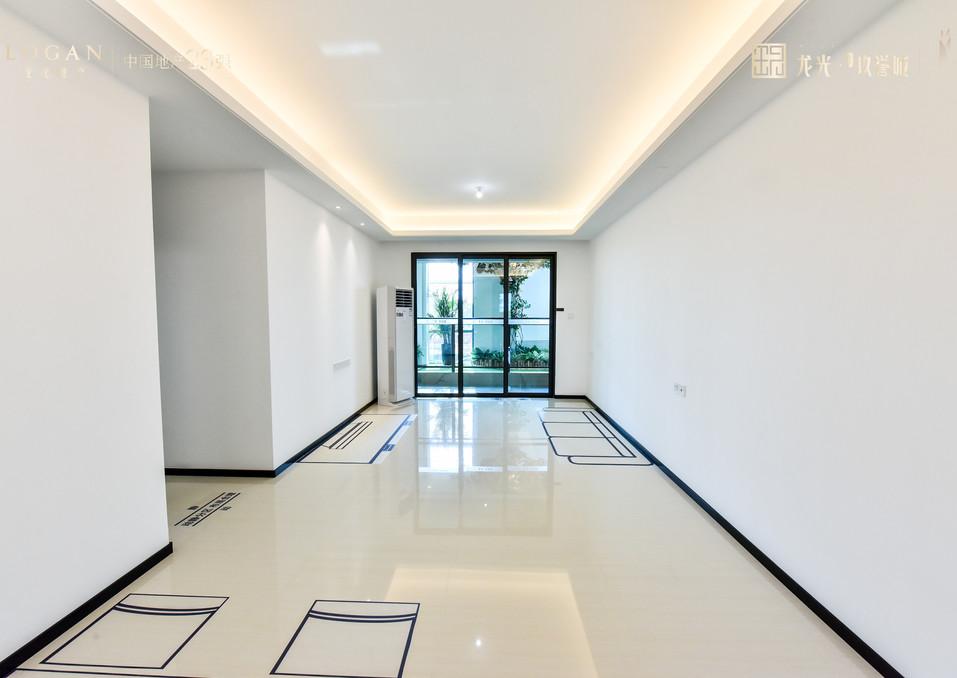 龙光玖誉城收樓標準示範單位1.jpg