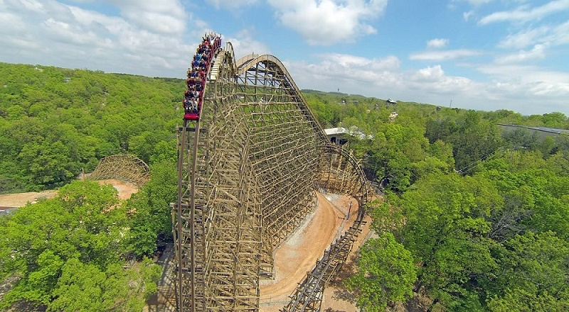 Silver Dollar City - The Outlaw