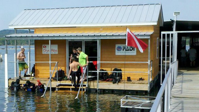 india point marina - dive shop