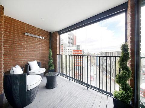 LaRoka Balcony.jpg