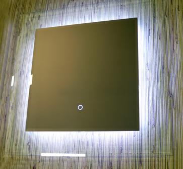 Зеркало квадратное с LED подсветкой