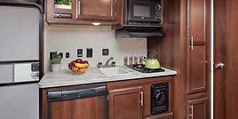 4762-Jay_Flight_SLX_7_184BS_kitchen.jpg