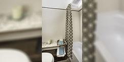4762-Jay Flight SLX175RD_Bathroom_web.jp