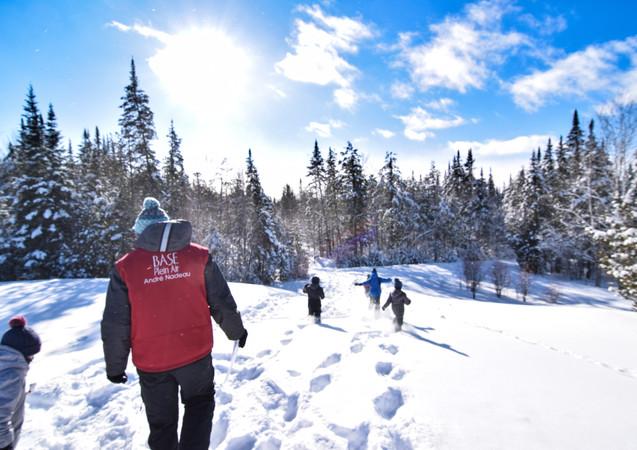 Belle neige, apprentissages et plaisir pour le camp de la relâche.