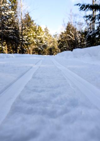 Piste de ski de fond fraîchement tracée sur la Base de plein air !