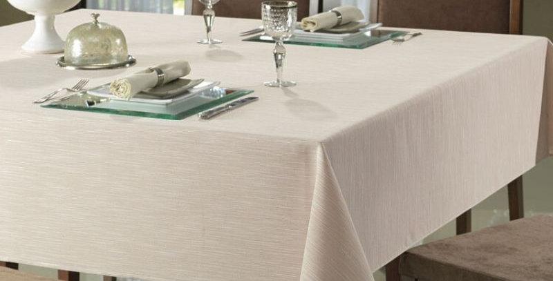 Toalha de Mesa Passion Branca - Quadrada 8 Lugares - 2,00 x 2,00m | Dohler