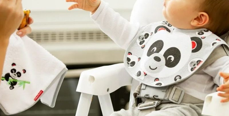 Babador Anatômico Impermeável Panda | Fisher-Price