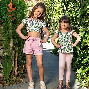 Conjunto_bata_cropped_floral_leg_linho_vila_loeh_mascote_infantil 2.jpg