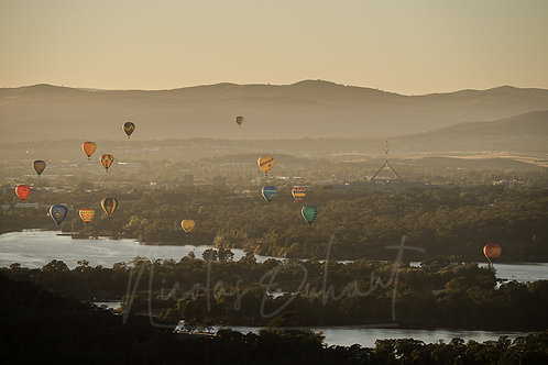 Balloons from Mt Painter