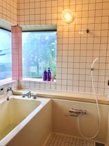 別荘の貸切 伊豆高原 海一望 ネオ・リゾートホーム遊方YUKATA  お風呂・山海の一望ができる