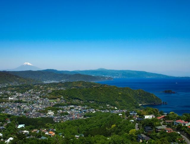 ネオ・リゾートホーム遊方YUKATA 伊豆高原よりの街並みと海