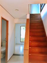 別荘の貸切 伊豆高原 海一望 ネオ・リゾートホーム遊方YUKATA  玄関