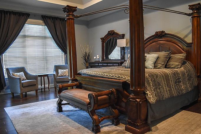 Bergunder master bedroom (1).jpg