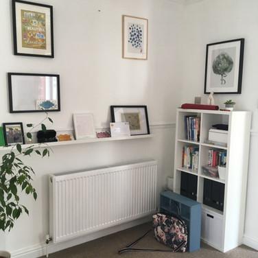 Niche bookcase/gallery