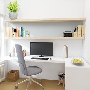 Small minimal Scandi office