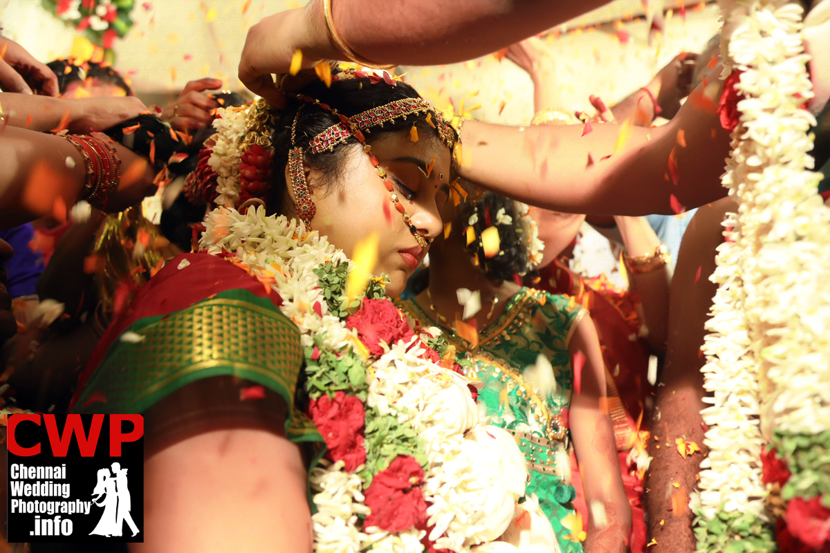 candid weddingphotography in chennai