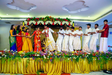 low-cost candid wedding photographers in chennai