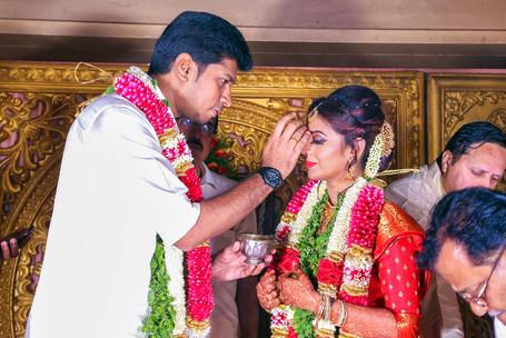 candid wedding photographers in chennai