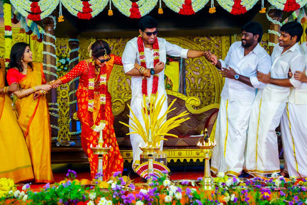 low-cost candid wedding photography in chennai