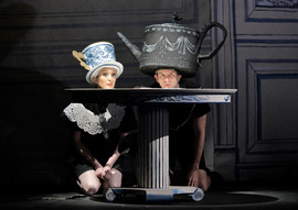 L'enfant Teacup and Teapot