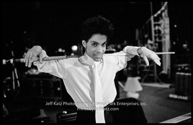 PRINCE 1988  -  Image 294. Backstage Tour