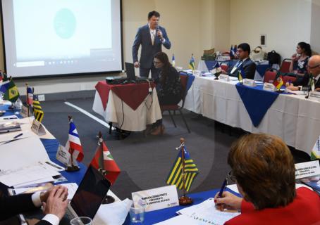 Representantes de Juntas Comerciais do Brasil conhecem plataforma digital da Desenvolve