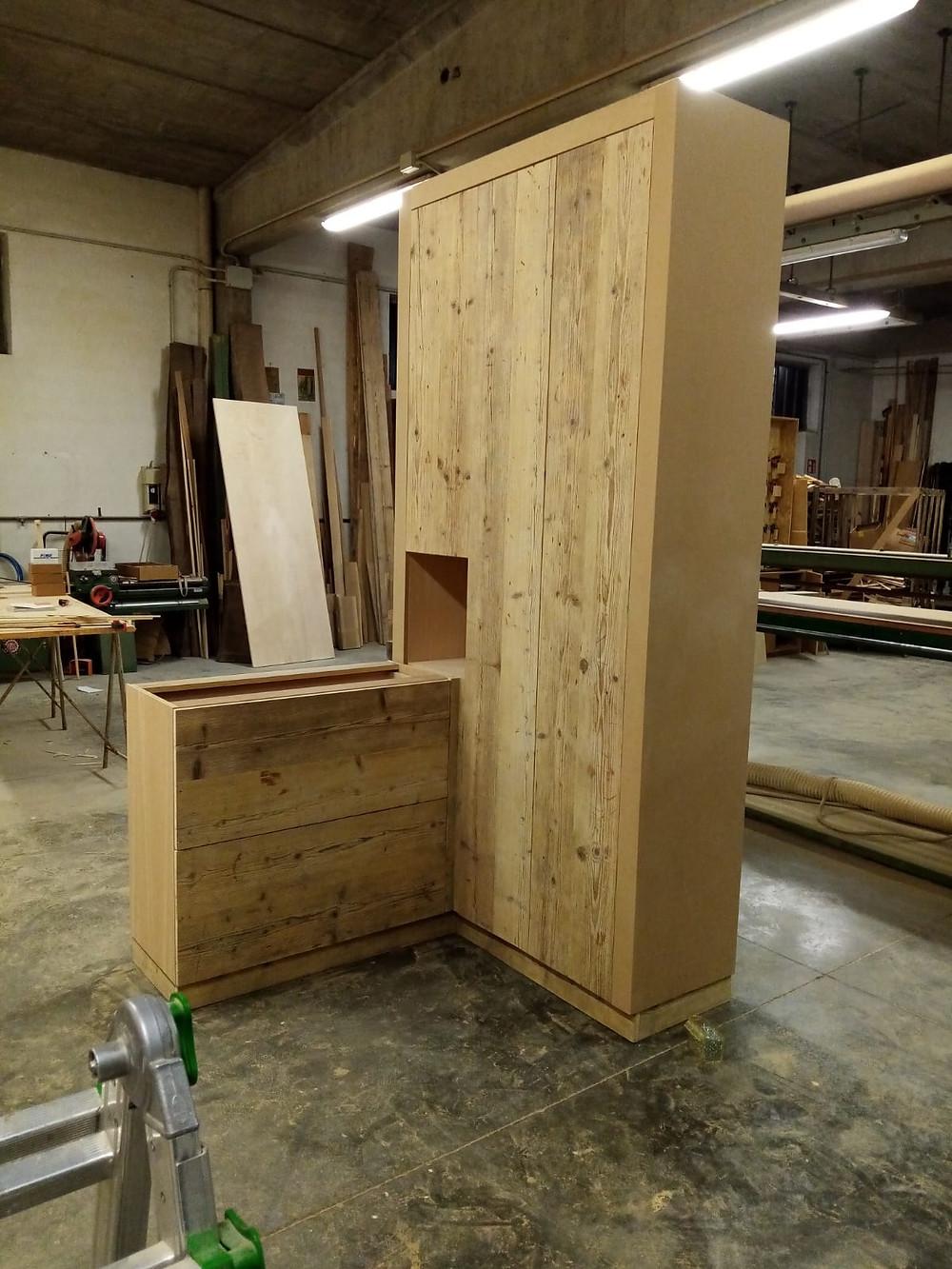 Mobile in legno realizzato da un nostro cliente. Ottolini Legnami, Verona.