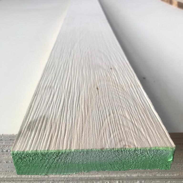 Tavola in legno di Tiglio spazzolata. Ottolini Legnami, Veneto