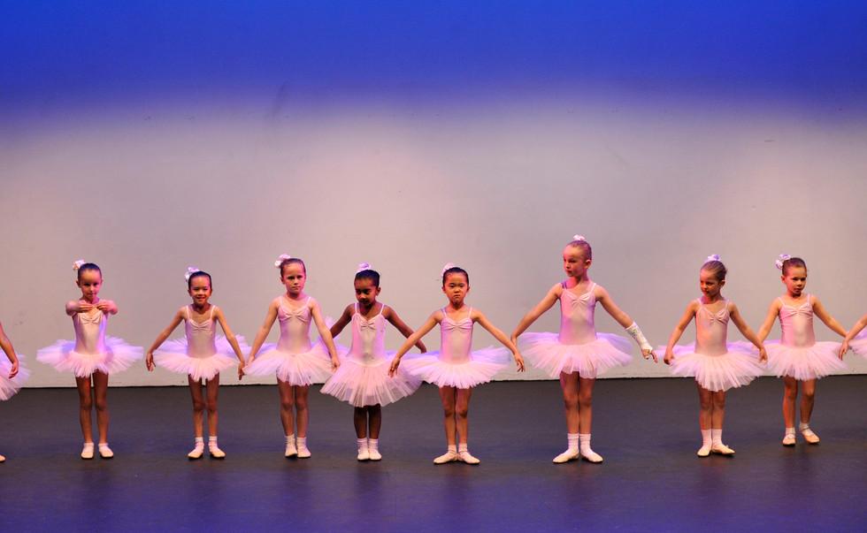 Ballerinas2-07.jpg
