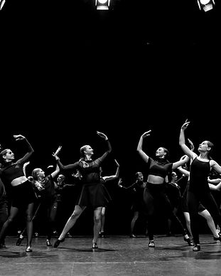 SENIOR JAZZ DANCE PERFORMANCE