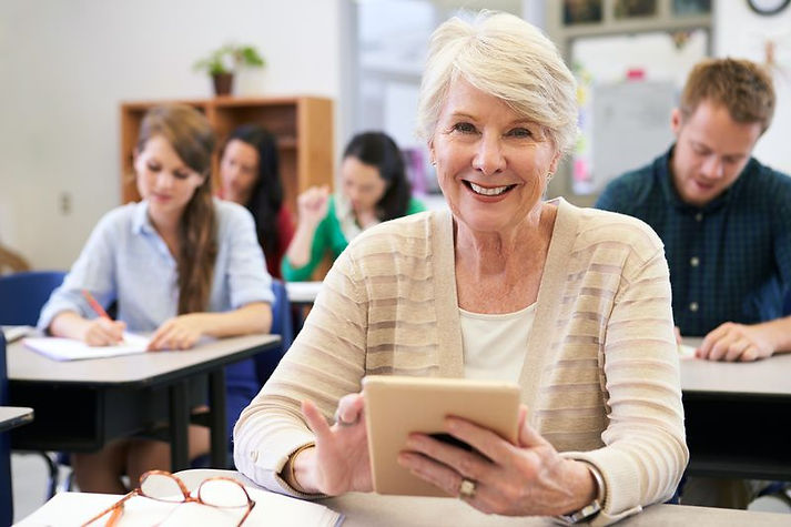 042617_free_college_courses_for_senior_c